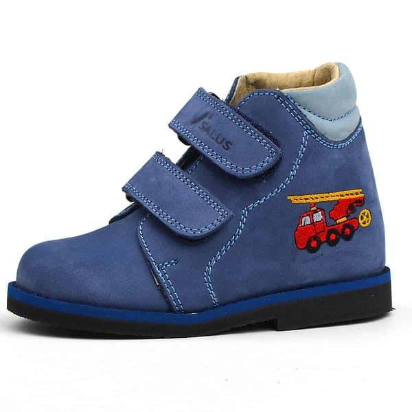 Keskeny Salus bakancs kék színben, tűzoltó autóval